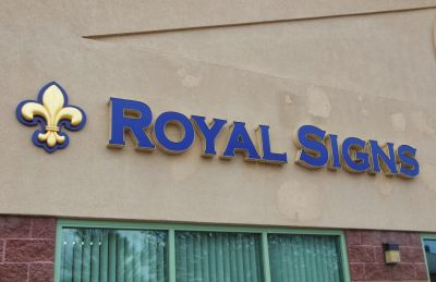 Royal Signs Denver
